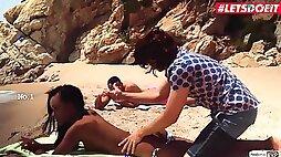 Ebony Teen Noe Milk Seduced And Fucked At The Beach