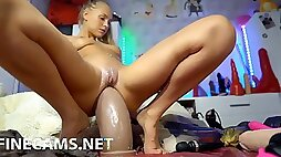 Blondie using her huge ass sex toy