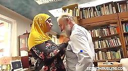 Muslim whore