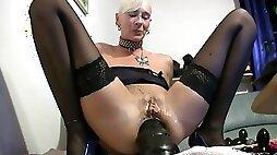 Huge anal insertion granny