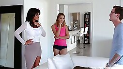 Spoiled stepsister Aurora Belle is sucking stepbrothers dick greedily