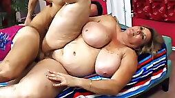 Fat chick with freckled tits fucked