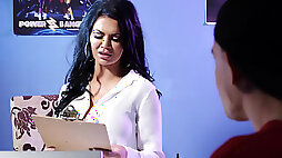 Porn agent Jasmine Jae fucks & milks a young hunky performer in her office