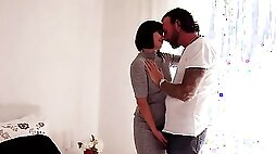 Cheating housewife Alisya Gapes is screwed by inked man Fausto Moreno
