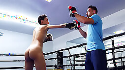 Ebony teen Amethyst Banks training in the boxing ring
