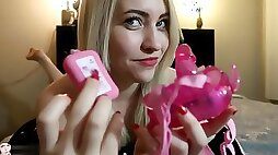Toy Review - Butterfly Vibrator Strap On