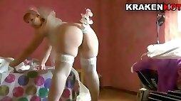 Krakenhot - Chubby bride in being spanked in a sextape