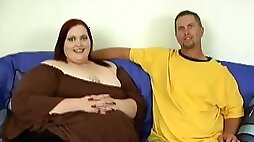 Bigger redhead gal Demissis sucking cock