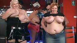Thick chicks in club