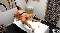 Sensual chubby masseuse Jasmine Joy pleases her horny client