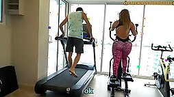Venezuelan Ginormous Culo Gold Digger gets Drilled after A Gym Work out