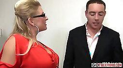 Slutty Secretary Is In Trouble With Her Boss